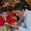 Cómo ayudar a su hijo a aprender a leer