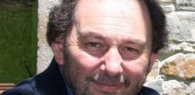 """Miguel Allende: """"Los llibros nun deberíen llevar el nome d'un autor"""""""