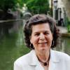 Rosa Navarro gana el Premio Jovellanos de Ensayo con 'Secretos a voces'
