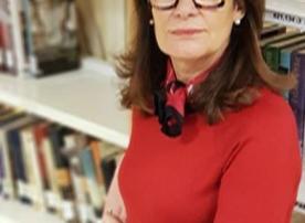 Beatriz Santillán González, bibliotecaria de Ribera de Arriba