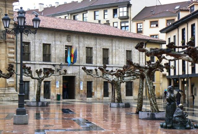 Biblioteca de Asturias : cuentacuentos y cine gratis