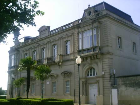 """""""Biblioteca de Castropol"""""""