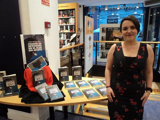 7ade6bc0a2 Leticia Sánchez Ruiz y su nueva novela  Cuando es invierno en el mar del  Norte